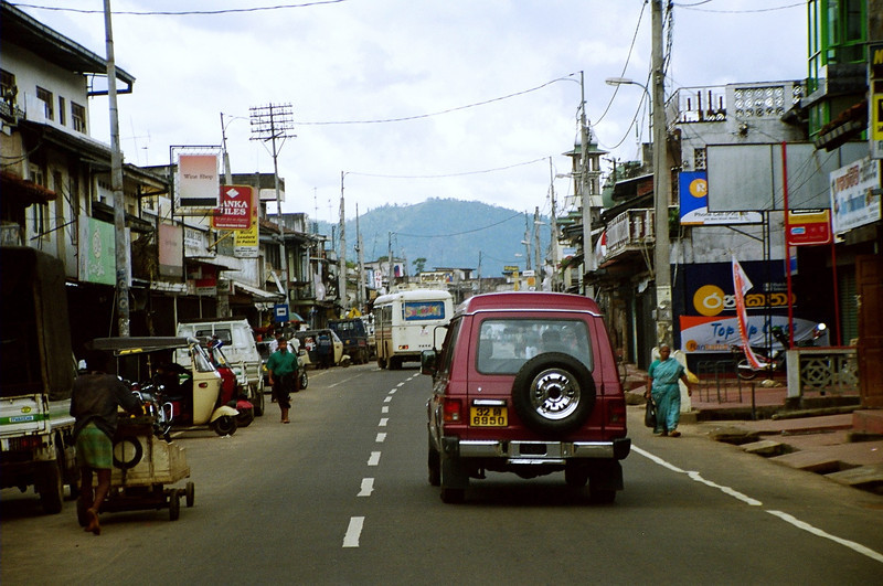 On the road to Sigiriya