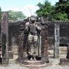 Polonnaruwa - Hatadage statuary