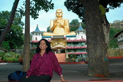 Anu at the Golden Temple, Dambulla, Sri Lanka, July 2004