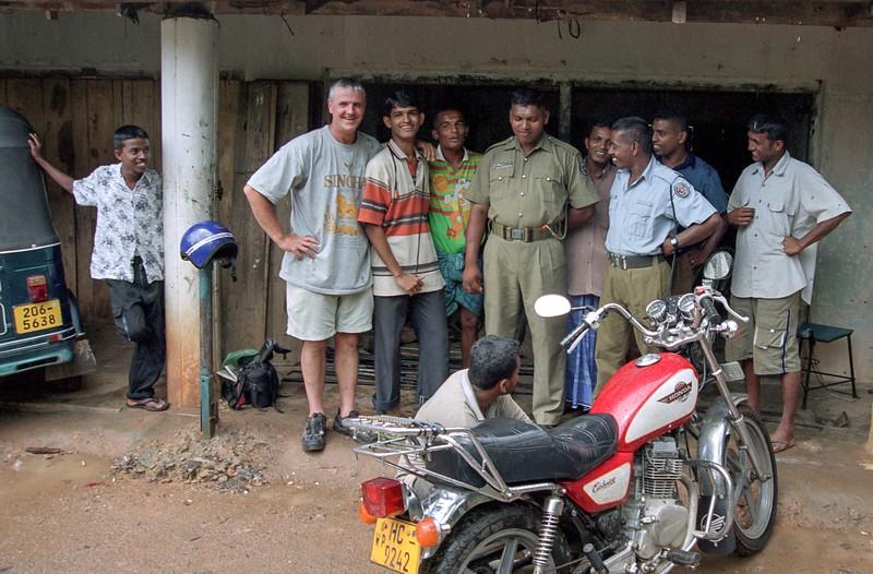 SRI LANKA 285