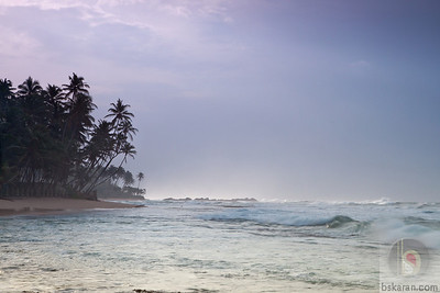 Early morning at Unawatuna Beach : Sri lanka