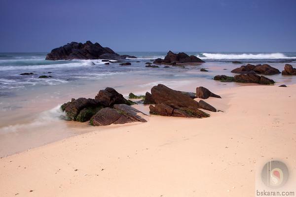 Unawatuna Beach : Sri lanka