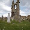 Los Augustinianos tomaron como de ellos la iglesia St Rule que data del ano 1130 pero fue extendida en 1144 para acomodar a los Augustinianos.