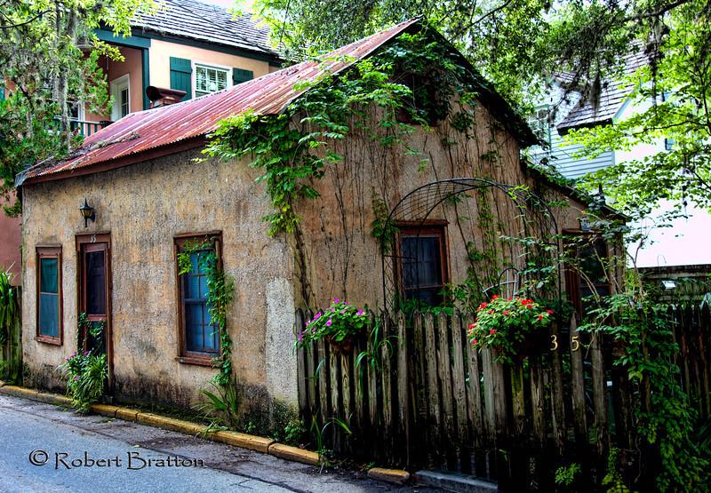 Old Antebellum Double-pen Cracker House, 35 Spanish Street