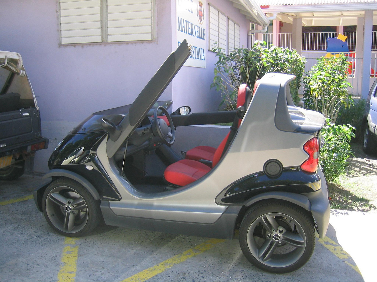 A Smart Car in Gustavia.