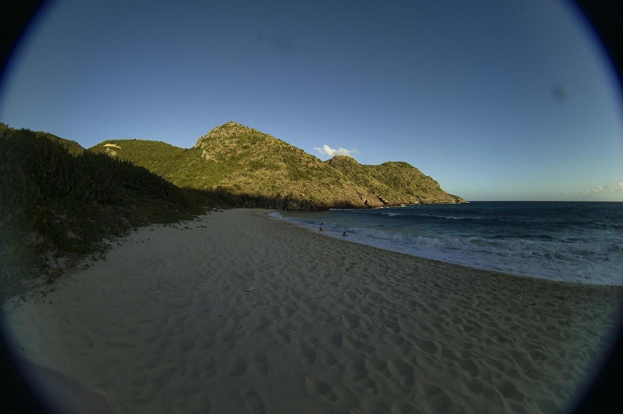 The beach at Gouverneur through our 8mm lens.
