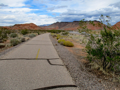 On the Highway 18 bike path to Snow Canyon.
