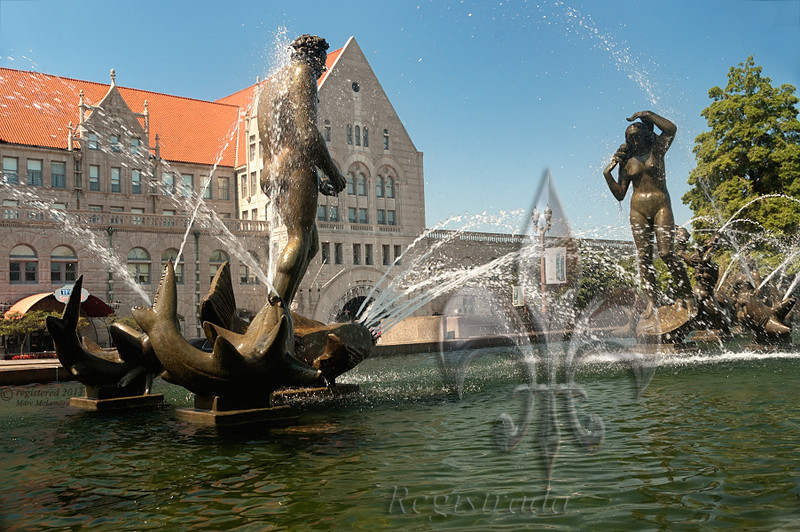 The fountain symbolizes the confluence of the Missouri and Mississippi Rivers.