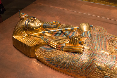 """The Discovery of King Tut"" exhibit  (reproductions, NOT original artifacts, as Howard Carter found them) at the St. Louis Science Center"