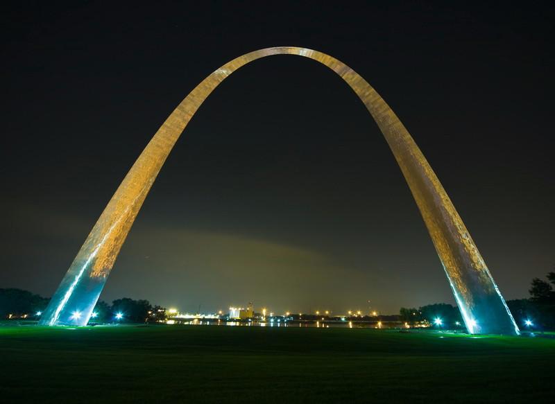 St. Louis. 2009.