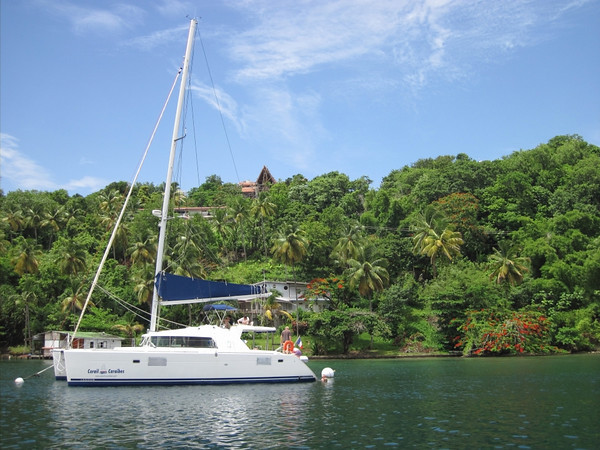 Marigot Bay. Oprah's former house is located one in from the right.