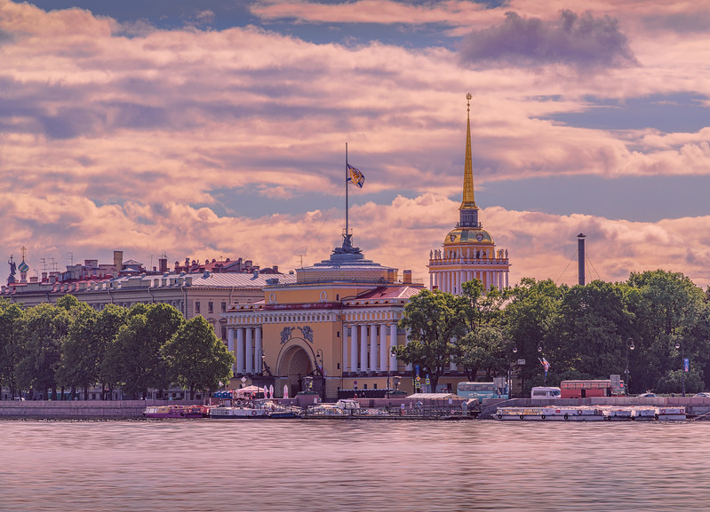 Golden Spire, Admiralty Building