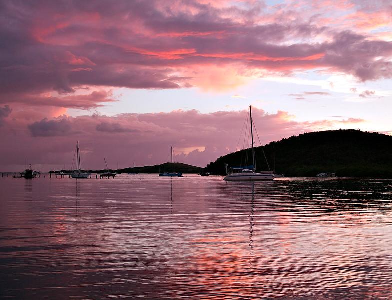 Sunrise_at_Salt_River_41203-035_photo_Ted_Davis_310-430-2639