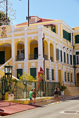 Government House_Christiansted_111303_22_photo_Ted_Davis_310-430-1420