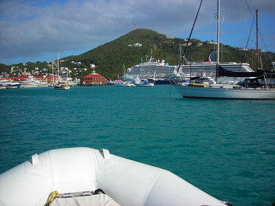 20110222 Cruise Ships and Yachts Charlotte Amelie, St Thomas