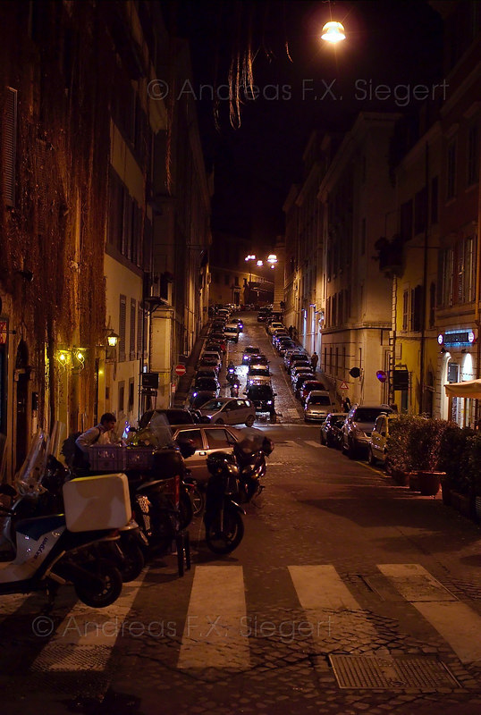 Just a night street in Monti