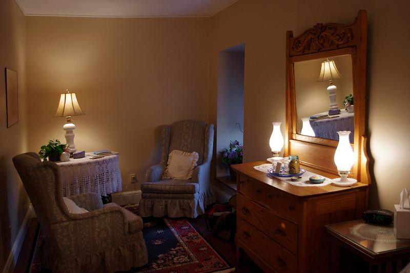 Bedroom, Main Street Inn Bed and Breakfast, Saint Genevieve, Missouri.