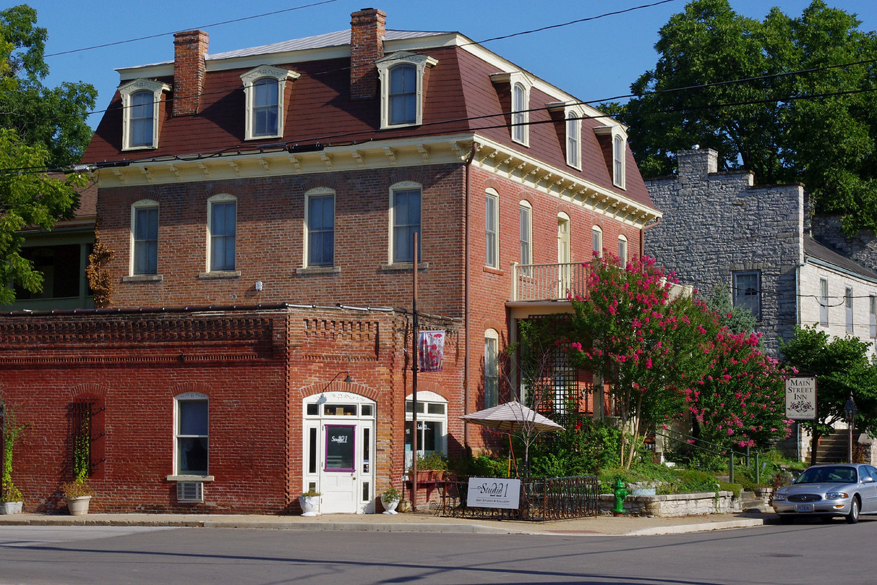 The Main Street Inn Bed and Breakfast, Saint Genevieve, Missouri.