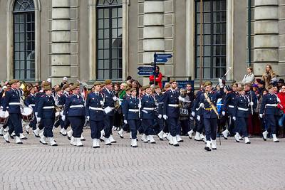 Guards changing shifts. Kungliga slottet.Gamla stan. Stockholm 2014