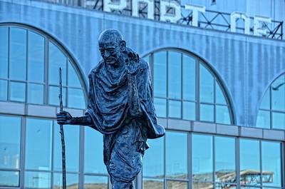 Gandhi, Ferry Terminal Embarcadero