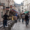 Busy morning on Rue Moufettard