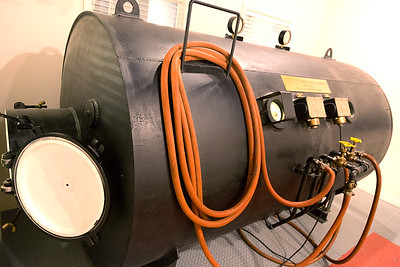 A decompression chamber for divers