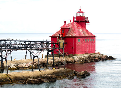 A last look at the Sturgeon Bay lighthouse with its fragile-looking catwalk