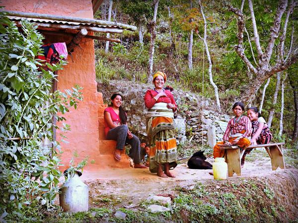 Women of Makadum