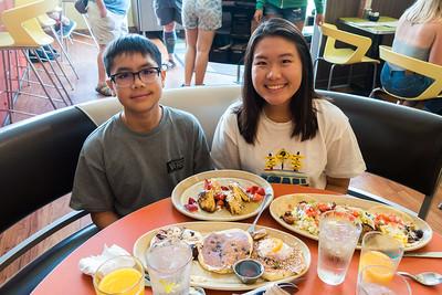 "Jul 22 Breakfast at ""Snooze AM Eatery"" on Larimar"