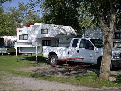 Pigeon Forge,Tenn. <br /> We stayed at Clabough's Campground while seeing the sites.Off loaded the camper.The campground is large,swimming pool,onsite store,full hook-ups