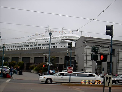 Pier 35 <br /> There were alot of people coming out of the cruise building (pier 35).