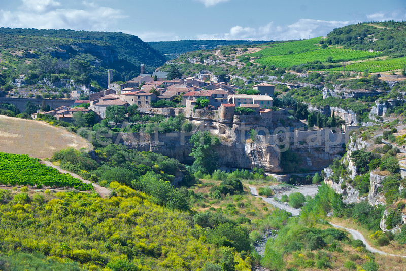 Minerve from Afar
