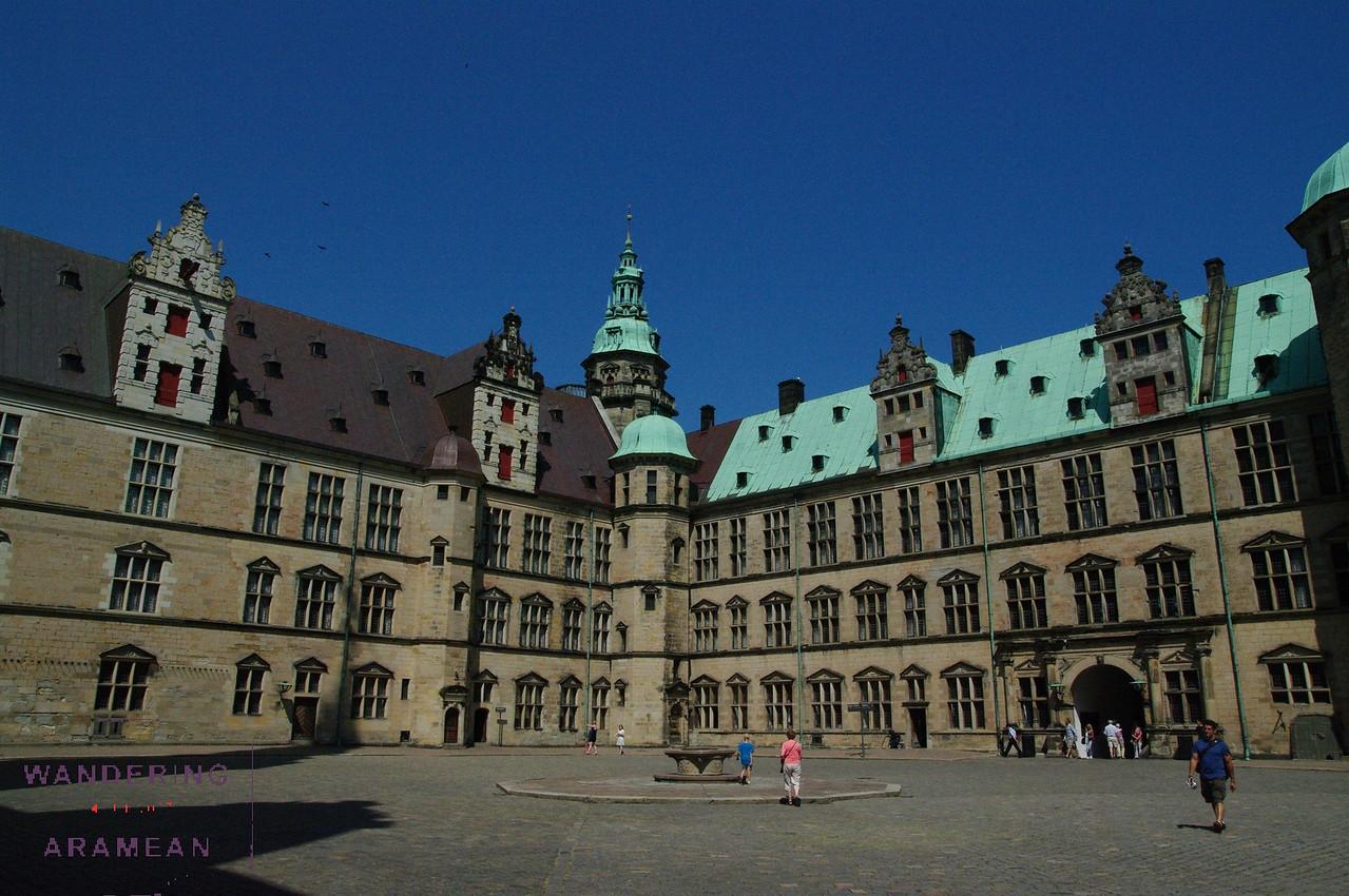 The Kronberg Castle courtyard