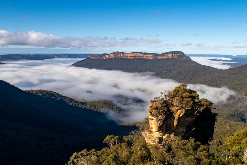 On my last day in Australia, I took a two hour train ride to the Blue Mountains National Park.  There was a lot of hiking and sightseeing to be done!  The morning mist that greeted us as we arrived was quite beautiful.