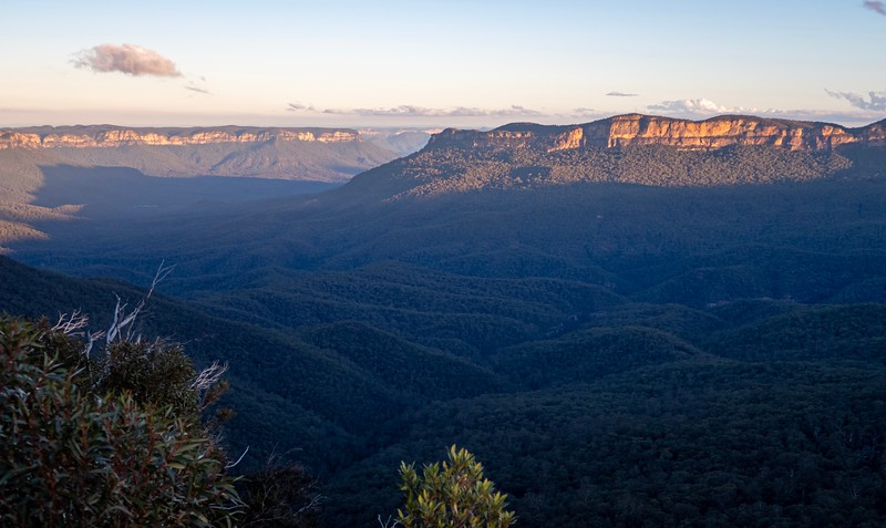 One last view of the Blue Mountains and Australia itself.  The Eucalyptus Trees in the area give off a blue haze - giving the area its name.