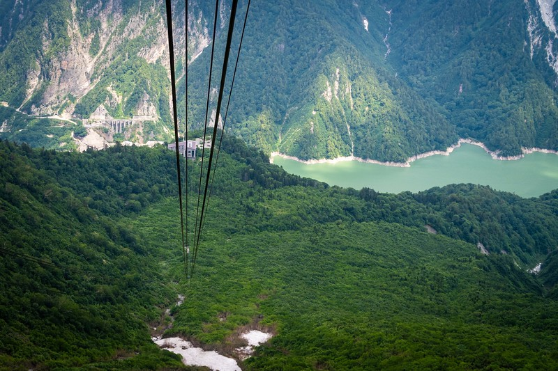 Beautiful views as we descended below the clouds down to the Kurobe Dam.