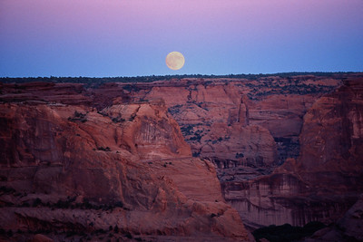 Moonrise in Canyon de Chelly.