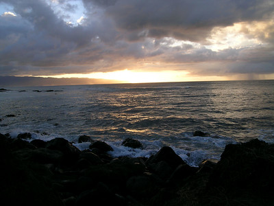 We stopped by Waimea beach, home of the famous pipeline to watch the sunset.