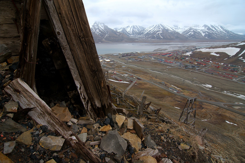 Looking down upon Longyearbyen from the coal magazine of Mine 1a, which was abandoned in 1920, after an explosion killed 26 miners. The slope is steep, close to 30 degrees, and basically loose gravel and rocks - very tough going!