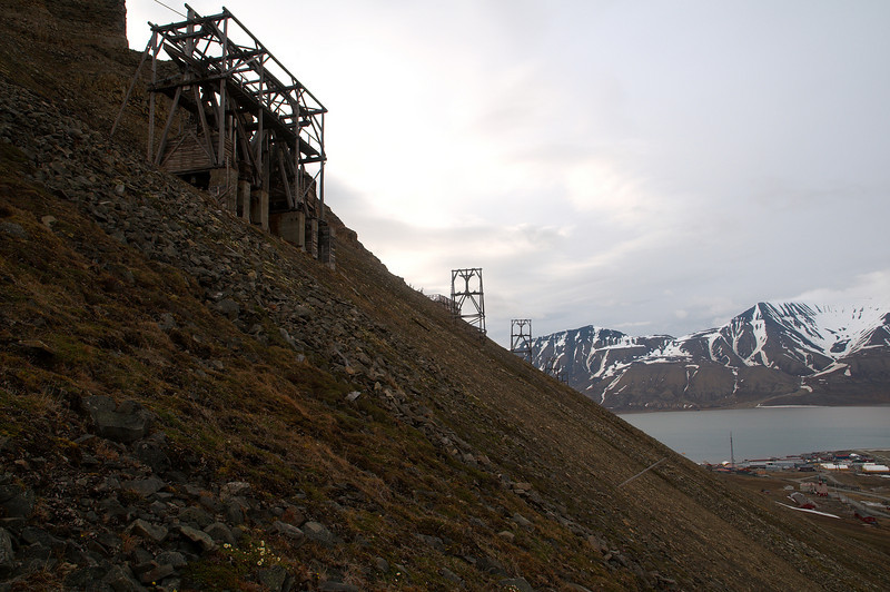 More trestles. The Advent fjord and Longyearbyen in the background.
