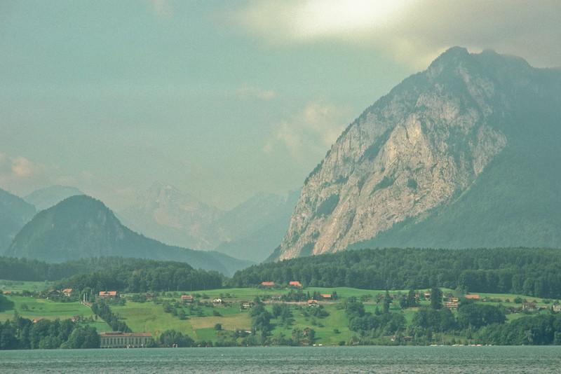 Ferry from Thun to Interlaken
