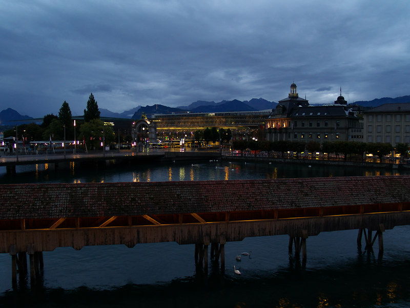 Early morning in Lucerne, heading to Lausanne