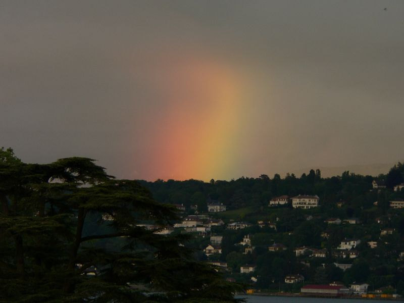 Another look at the rainbow over Geneva