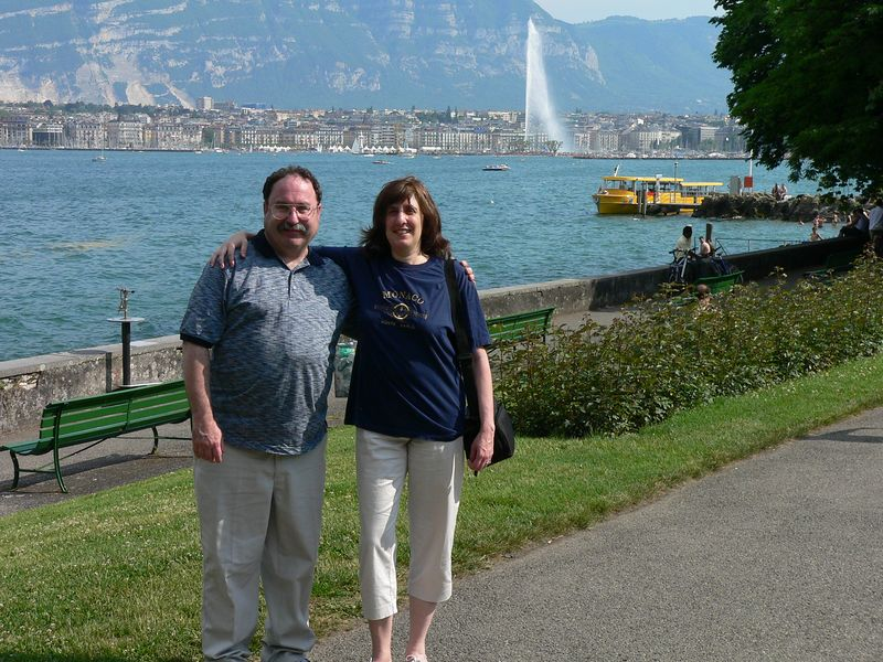 Lee & me with the Jet d'Eau in the background