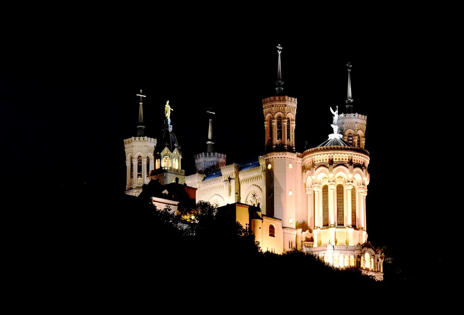 Lyons:  John the Baptist Cathedral