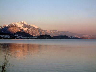 Thunersee at dusk