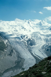 Glaciers above St. Moritz (The Coaz Hütte is actually in the center of this photo!)