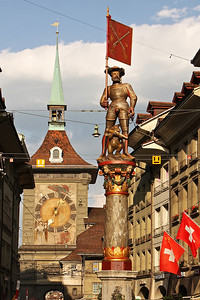 Zähringerbrunnen and Zytglogge in Bern