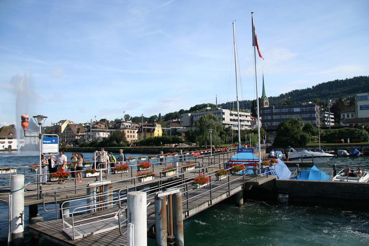 Docking at Horgen.