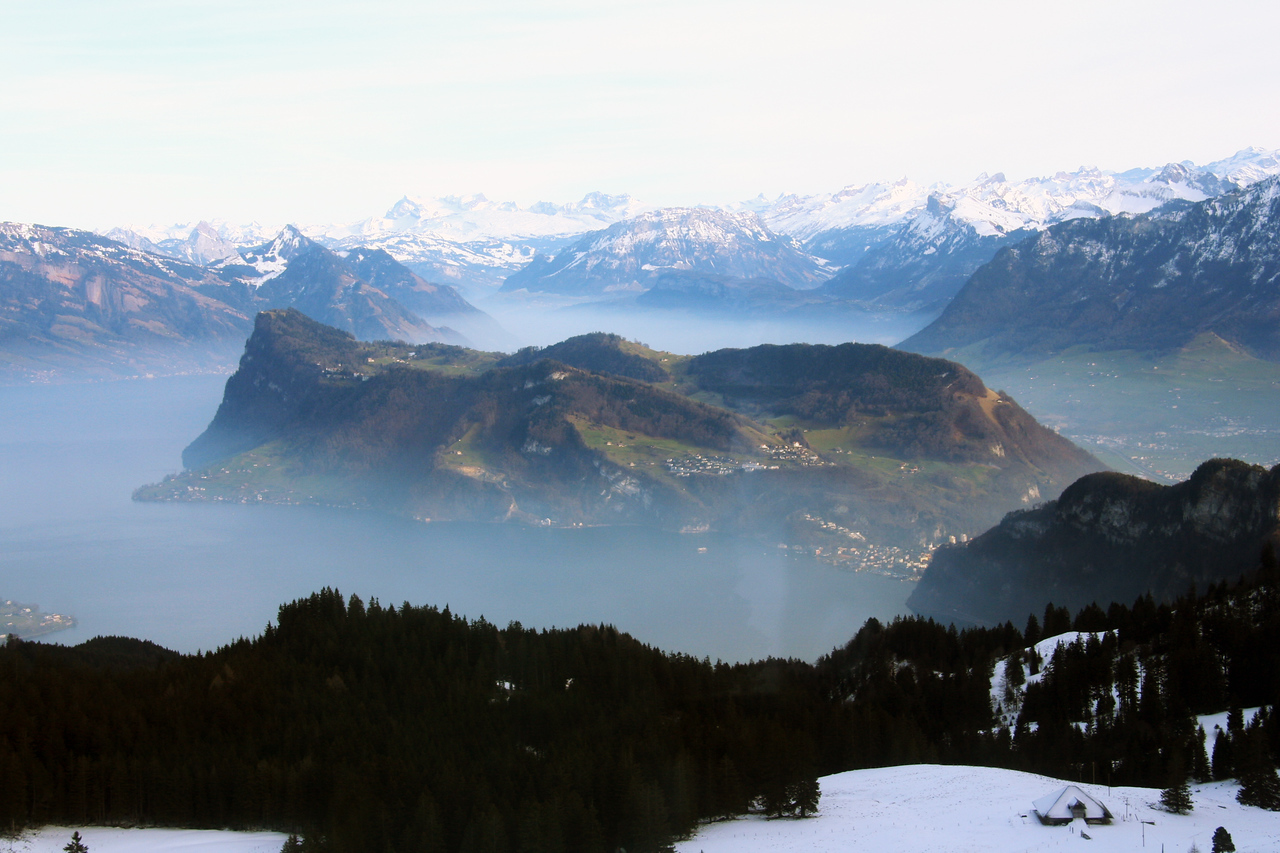 The big gondola ride up shows all the stuff I missed on my first blizzardy trip to Mt. Pilatus.